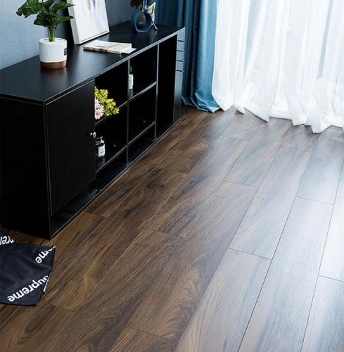 森趣地板1513新三层无醛松木芯