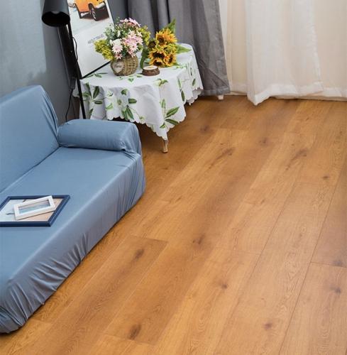 森趣地板1501新三层无醛松木芯